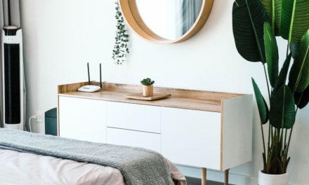 Køb nye natborde, der passer til soveværelset